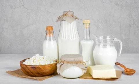Alimentos que ajudam os intolerantes a lactose a evitar a deficiência de cálcio