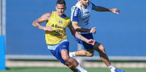 Grêmio enfrenta o Botafogo com mudanças na equipe