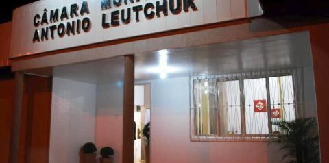 Câmara de Vereadores de Três Passos rejeita projeto que reduz o valor da Bolsa-Auxílio de estagiários