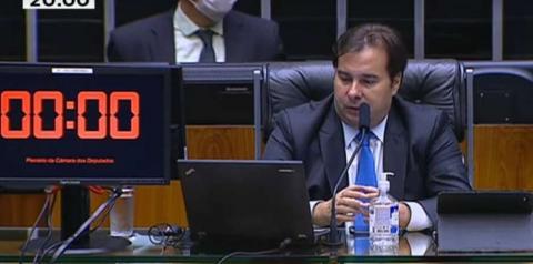 Câmara aprova R$ 600 por mês para trabalhadores informais