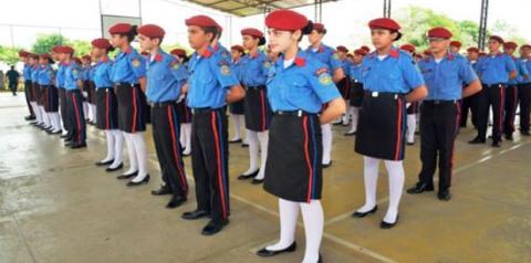 Secretaria de Educação e 7ºBPM dialogam sobre a implantação da Escola Cívico Militar no Município de Três Passos