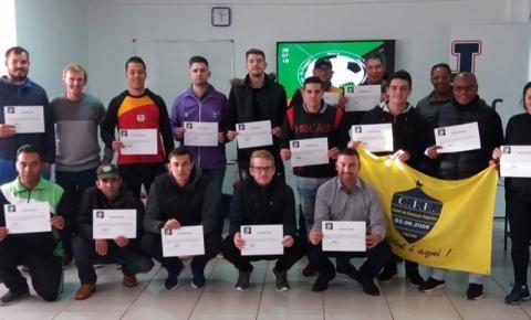 Craques do Futuro Organiza 1º Fórum de Futebol e Futsal