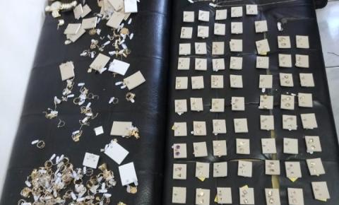 BM recuperação de joias roubadas, em Ametista do Sul