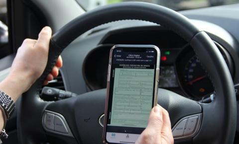 Quase 50 mil já utilizam o documento do veículo no celular