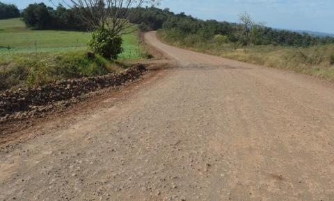 Governador assina contrato para realização de pavimentação na ERS-305, em Crissiumal