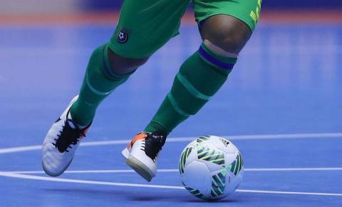 Hoje à noite terá sequência a 7ª Copa Verão de Futsal