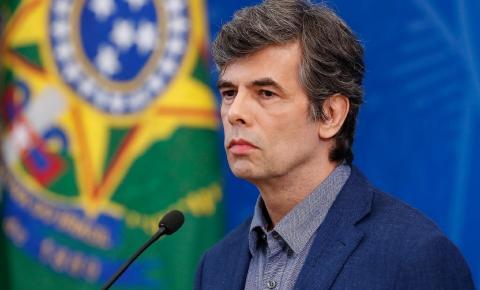 Brasil registra 749 mortes por coronavírus em 24 horas