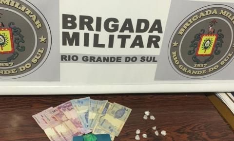 7°BPM Realiza prisão de dois homens por tráfico de drogas