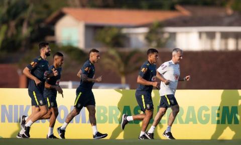 Seleção Brasileira entra em campo hoje