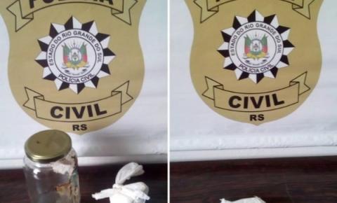 Polícia Civil prende indivíduo por tráfico de drogas