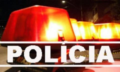Mulher foi presa após roubo em residência em Campo Novo