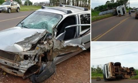 Colisão entre carro e caminhão deixa um ferido na RSC-472 em Palmitinho