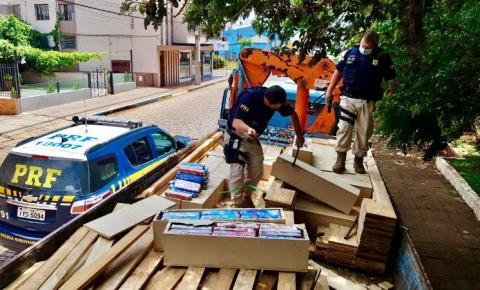 PRF prende traficantes transportando quase uma tonelada de maconha na BR158, em Palmeira das Missões