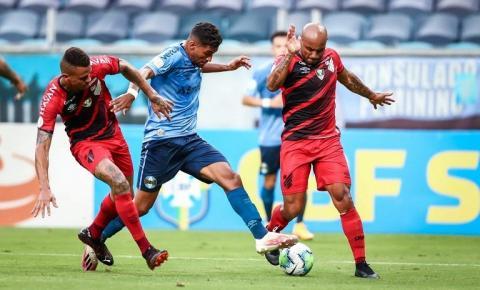 Grêmio vence o Athletico-PR,e garante participação na Libertadores