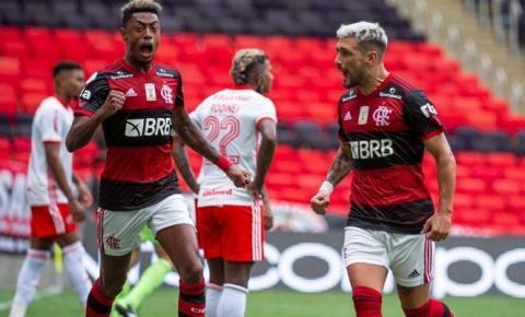 Inter perde para o Flamengo e deixa a liderança do Brasileirão