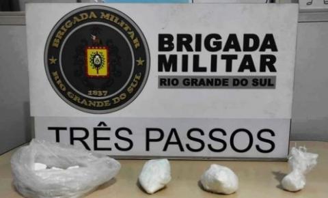 Brigada Militar de Três Passos prende homens por tráfico de drogas
