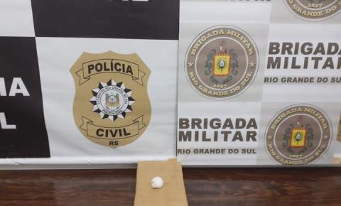 Brigada Militar e Polícia Civil prendem três homem por tráfico de drogas em Três Passos