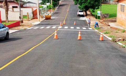 FOTOS: Secretaria de Obras e Viação de Três Passos realiza melhorias em ruas da cidade