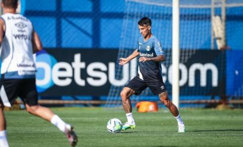 Aumento salarial de 250% e multa dobrada: veja a proposta do Grêmio para renovar com Ferreira