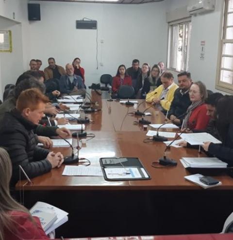 Comissões Permanentes debate projeto sobre a reestruturação do plano de classificação de cargos e funções do município de Três Passos