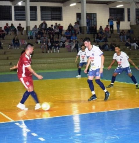 ACF Crissiumal mostra muita disposição, mas acaba derrotada por São Martinho na Copa Cresol Noroeste de Futsal