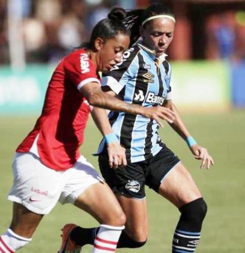 Sem previsão de volta do Brasileirão, Inter e Grêmio reduzem salários de jogadoras